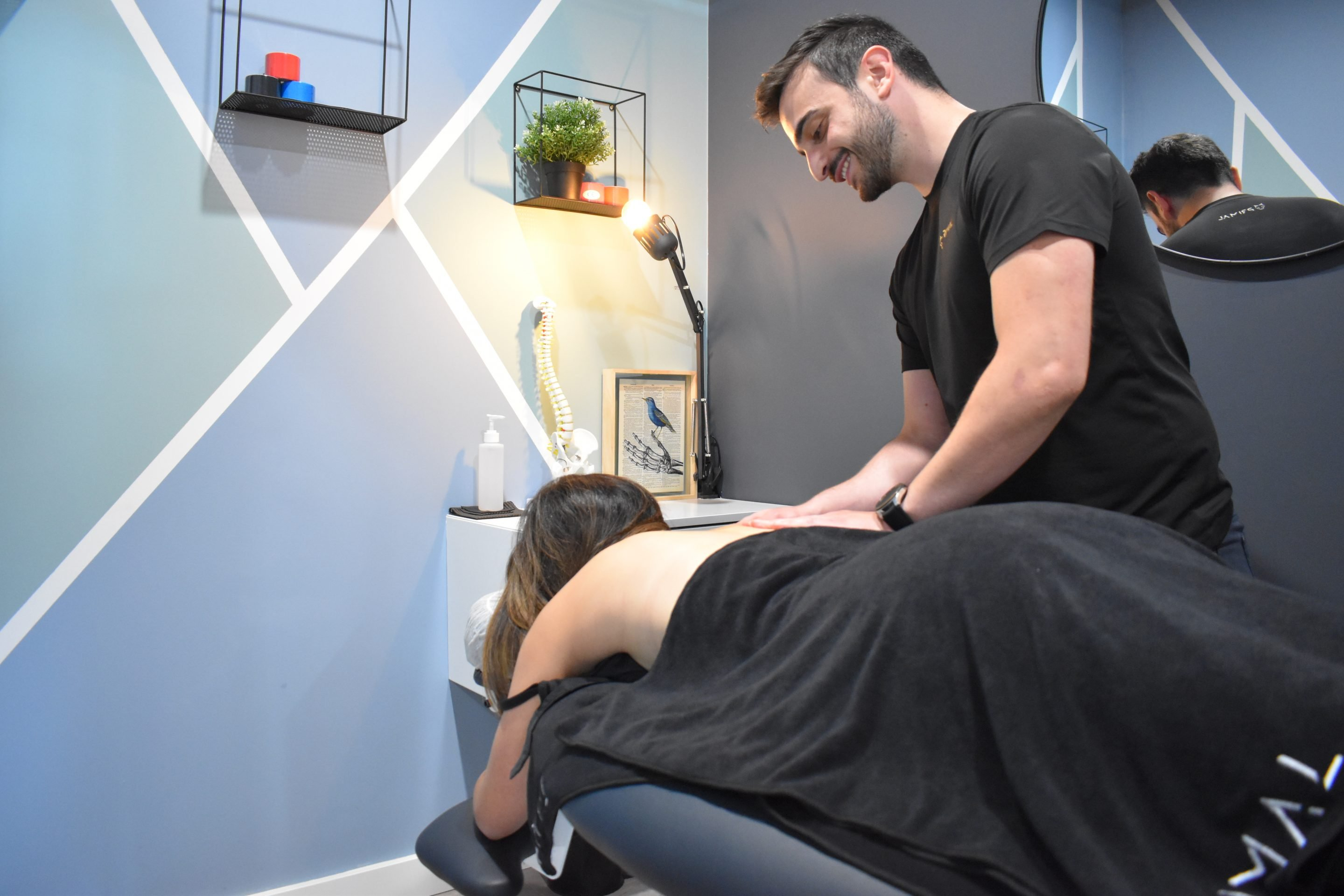 You will receive a thorough assessment and plan with your therapist to address your issues. Our massage services are claimable with private health insurance.